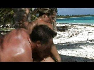 MILF fucked on the beach